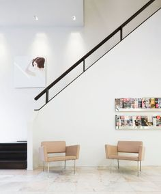 Interior of the Rob Peetoom boutique in Rotterdam by Ruud van Oosterhout Wall Railing, Staircase Handrail, Interior Staircase, Staircase Design, Banisters, Home Room Design, Interior Design Living Room, House Design, Modern Stairs