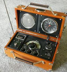 field transistor radio spirit of st louis s o s. Black Bedroom Furniture Sets. Home Design Ideas