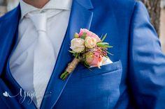 Corsage pastel Corsage, Pastel, Blazer, Jackets, Fashion, Down Jackets, Moda, Cake, Fashion Styles