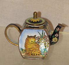 Kelvin Chen 1999 Tabby Cat Daisies Enamel Copper Mini Teapot No. 338 Excellent