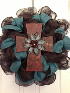 Love the colors of this wreath except I would not do the cross.
