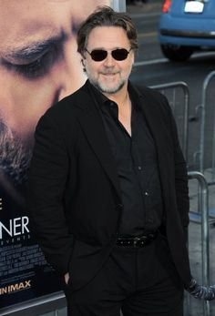 Russell Crowe at event of The Water Diviner The Water Diviner, Gladiator Movie, Russell Crowe, You Are Cute, We Are Young, Bear Cubs, Event Photos, Butler, Persona