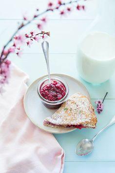 Scones citron et framboises / Raspberry & lemon scones ©Fraise & Basilic