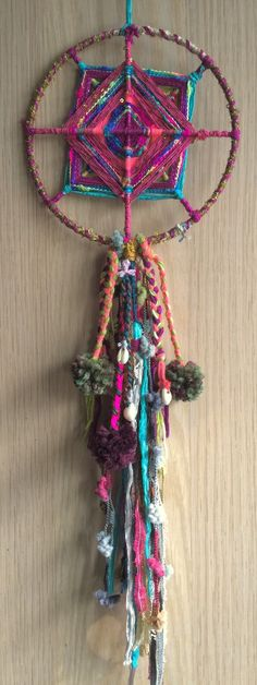 banjara inspired bohemian spirit dreamcatcher with god's eye Diy And Crafts, Crafts For Kids, Arts And Crafts, God's Eye Craft, Dream Catcher Mandala, Kit Diy, Gods Eye, Weaving Projects, Yarn Bombing