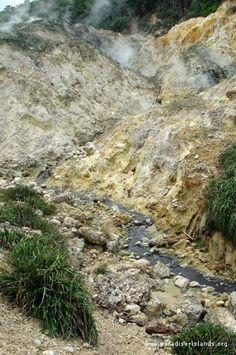Sulphur Springs - Soufriere Volcano, St. Lucia Natural Tourist Attractions | Rainforest Adventures