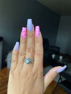 Pink Summer Nails, Ring Finger Nails, Lilac, Engagement Rings, Enagement Rings, Wedding Rings, Syringa Vulgaris, Diamond Engagement Rings, Lilacs