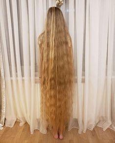 Really Long Hair, Super Long Hair, Long Blond, Beautiful Long Hair, Shoulder Length Hair, Layered Cuts, Dream Hair, Female Images, Down Hairstyles