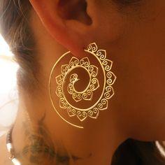 Brass Earrings - Brass Spiral Earrings - Gypsy Earrings - Tribal Earrings - Ethnic Earrings - Indian Earrings - Assertion Earrings - Hobbies and Interests World Indian Earrings, Tribal Earrings, Round Earrings, Statement Earrings, Women's Earrings, Silver Earrings, Circle Earrings, Silver Ring, Infinity Earrings