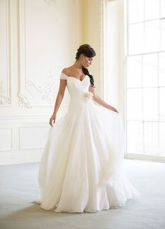 A-line Off-the-shoulder Cap Sleeves Simple Chiffon Wedding Dress