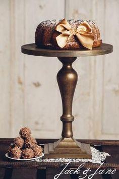 Antikolt arany fa tortatálak - Lady1   Jack&Jane tortaállványok Candle Holders, Candles, Cake, Kuchen, Porta Velas, Candy, Candle Sticks, Torte, Cookies