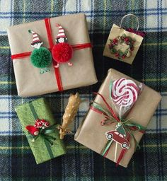 Magical √ ideas for the best of DIY gift baskets for the best of men, women and ba .Magical √ ideas for the best of DIY gift baskets for the best of men, Christmas Gift Wrapping, Diy Christmas Gifts, Christmas Time, Holiday Gifts, Christmas Decorations, Christmas Ornaments, Present Christmas, Christmas Ideas, House Decorations