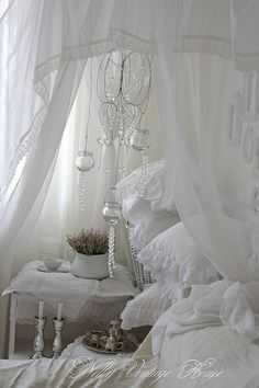 Love this so much, it is so me...... Love white clean linens, beautiful!!!!!