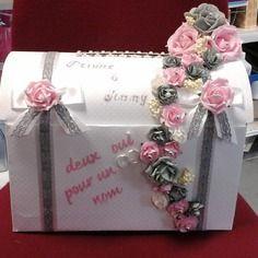 Jolie urne de mariage thème romantique