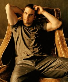 "guysinleatherpants: "" Tom Cruise in leather pants "" Hot Actors, Actors & Actresses, Tom Cruise Hot, Top Cruise, Men's Toms, Famous Men, Famous Faces, Celebrity Portraits, Leather Trousers"