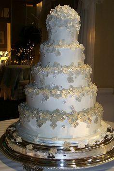 Sugar hydrangeas decorate this fondant cake.