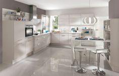Buy a high quality Nobilia Laser 415 Kitchen online. Nobilia Kitchen, Cocinas Kitchen, Grey Kitchen Cabinets, Kitchen Layout, Kitchen Colors, Kitchen Units, Pin Maritime, German Kitchen, Quality Kitchens