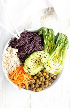 5 Nourishing Bowls To Try This Spring