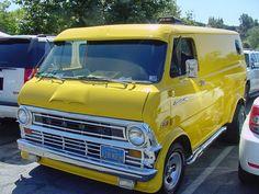 Mid Ford Econoline custom Van