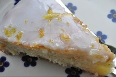 Lemon cake - spongy and delicious. Danish Dessert, Danish Food, Baking With Kids, No Bake Cake, Love Food, Delicious Desserts, Cake Recipes, Sweet Tooth, Food And Drink