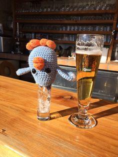 Maatje having a drink at Haitzingalm, Bad Hofgastein, Austria Gehaakte vogeltjes, 'maatje'  Haken , vogeltjes , kuiken Crochet birds