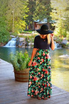 The Floral Maxi in Navy
