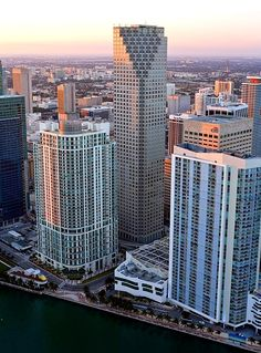 Downtown Miami. FL