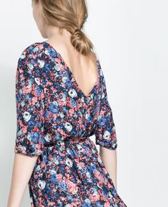 Image 4 of FLORAL DRESS WITH BUTTONS AT THE BACK from Zara