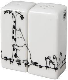 Buy your Moomin salt and pepper shaker from Pluto at Nordic Nest. Salt Pepper Shakers, Salt And Pepper, Les Moomins, Console, Moomin Valley, Tove Jansson, Rug, Dinner Sets, Art Director