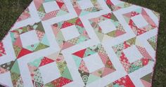 """Samelia's Mum: Fresh Diamonds {Easy Quilt Tutorial} Finished quilt: 50"""" x 54"""" To make large twin bed sized quilt: Double the fabric listed Materials Required: 2 x charm packs OR 72 x 5""""x5"""" charms 1.5 yard of a solid fabric 3 yard co-ordinating fabric for the backing 1/2 yard co-ordinating fabric for binding 60"""" square of batting"""