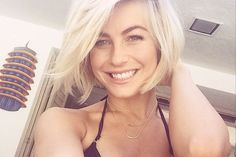 #fbf to last year's DIY hair mask post on juliannehough.com! I can't believe the site has been going for a year- it's been such a blur. I've got all my favorite articles since last March for you today so let me know what you think! (link in bio)