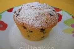 Muffins pufosi cu bucatele de ciocolata - Culinar.ro