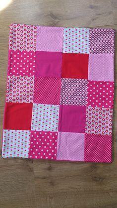 *Babydecke+/Kinderwagendecke/Patchwork(Rosa/rot)*+von+*+Creative+Happiness+*+auf+DaWanda.com