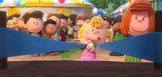 Look out world, It's Charlie Brown. The Peanuts Movie is here in Peanuts Dance, Peanuts Movie, Peanuts Characters, Peanuts Snoopy, Snoopy Pictures, Gif Pictures, Moving Pictures, Snoopy Love, Charlie Brown And Snoopy