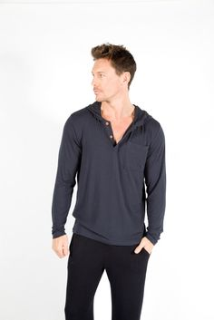 Cut long to suit a variety of pursuits in your active lifestyle, they're also ideal for staying close to home. In your choice of black, charcoal or navy, they'll also be the perfect match for any jersey or t-shirt.
