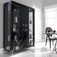 Store and display in the utmost of style with the designer London Collection Italian display cabinet. Shown here finished inside and out in a dark high gloss Sycamore wood veneer. Luxury Dining Room, Dining Room Sets, Dining Room Design, Dining Room Furniture, Best Interior Design, Interior Decorating, Modern China Cabinet, Designer Bar Stools, Home Ceiling