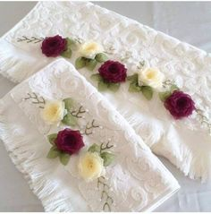 Embroidery On Clothes, Silk Ribbon Embroidery, Embroidery Patterns, Embroidered Towels, Cross Stitch Rose, Ribbon Work, Fabric Flowers, Crochet Baby, Tableware