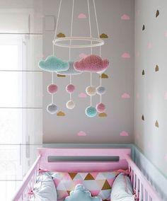 na decoração do quarto do bebê - Ivone Almeida- Baby Bedroom, Baby Room Decor, Girls Bedroom, Nursery Room, Girl Nursery, Deco Kids, Kids Room Design, Kids Decor, Home Decor
