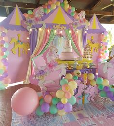 Inspiring Princess Birthday Party Ideas for Girls Carousel Birthday Parties, Carousel Party, Unicorn Themed Birthday Party, First Birthday Parties, Birthday Party Decorations, Balloon Decorations, Birthday Ideas, Cadeau Baby Shower, Shower Baby