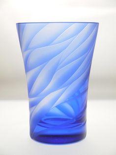 フリーカップ風彫り 「青藍」|ガラス食器・グラス|ハンドメイド・手仕事品の販売・購入 Creema(クリーマ)