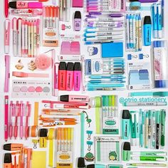 Colorful coordinated office supplies Colorful coordinated office supplies The post Colorful coordinated office supplies appeared first on School Diy. Stationary Organization, Stationary Supplies, Stationary School, School Stationery, Cute Stationery, Stationary Design, Muji Stationary, Filofax, Cool School Supplies