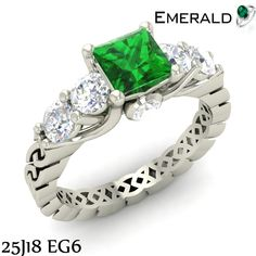 Surprise your loved ones by gifting them emerald ring