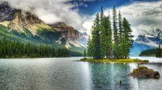 Amazing lakes - Life as Traveler