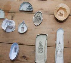 Roni Katz - Fragiele sier. Sieraden gemaakt van ijzerdraad.