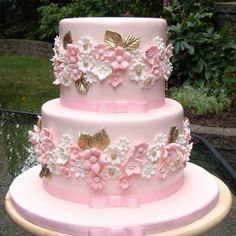 Majestic #cake by Magical Edible Art @magicaledible #Cakerz http://cakerz.me/p3678