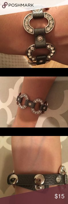 Gray and silver bracelet Brand new never worn grey and silver bracelet  Perfect for everyday wear Premier Designs Jewelry Bracelets