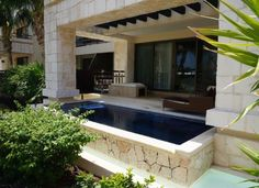 Private Swim out Suites Dream Riviera Cancun Mexico Liz Moore Weddings Loves this property