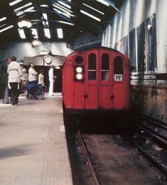 Glasgow Subway, Glasgow Scotland, Trains, Train