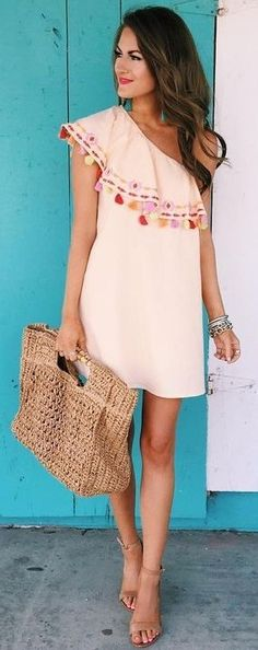 1 shoulder summer dress outfits - I love Summer dress Beauty And Fashion, Look Fashion, Passion For Fashion, Womens Fashion, Fashion Trends, Dress Fashion, Fashion Outfits, Look Boho, Look Chic