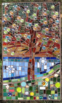 Wishing Tree by Janet Althoff - love it! Mosaic Crafts, Mosaic Projects, Stained Glass Projects, Stained Glass Art, Mosaic Stepping Stones, Stone Mosaic, Mosaic Glass, Mosaic Garden Art, Mosaic Art