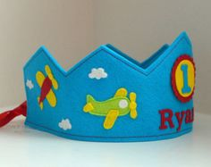 Corona de cumpleaños fieltro corona globos por pixieandpenelope